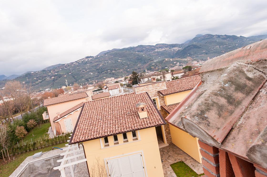 """nuova-costruzione-di-ville-unifamiliari-e-bifamiliari-in-pietrasanta-(lucca)-localita'-""""le-iare""""-image-5"""