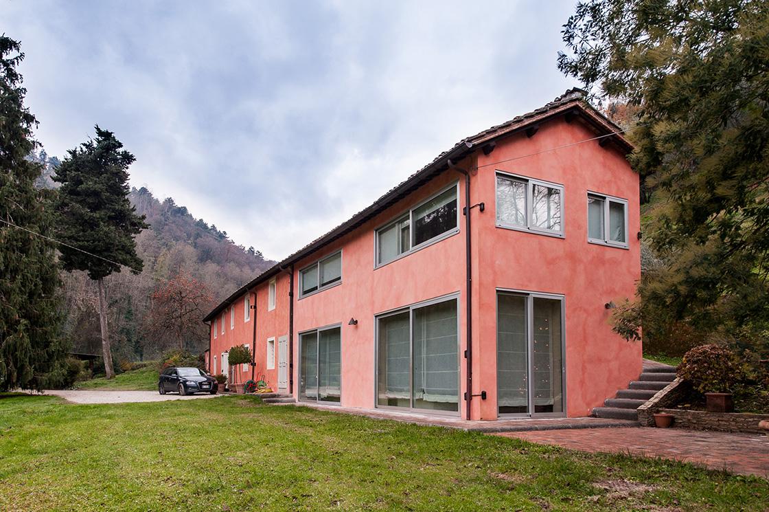 ristrutturazione-ed-ampliamento-di-un-fabbricato-residenziale-in-lucca-frazione-di-vicopelago-image-2