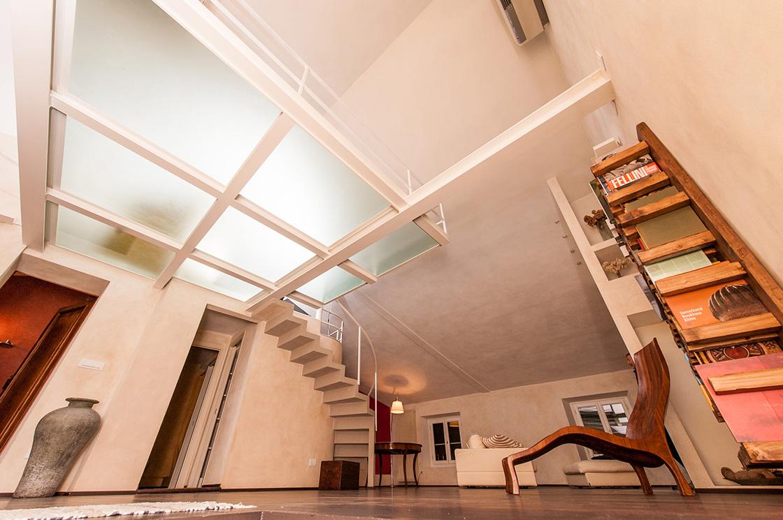 recupero-di-un-appartamento-in-lucca-centro-storico-piazza-anfiteatro-image-3