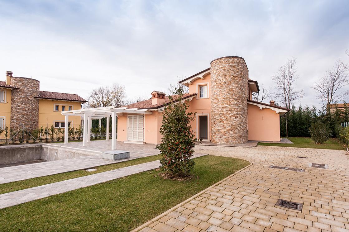 """nuova-costruzione-di-ville-unifamiliari-e-bifamiliari-in-pietrasanta-(lucca)-localita'-""""le-iare""""-image-11"""